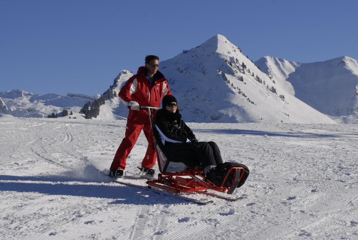 Sit skiing
