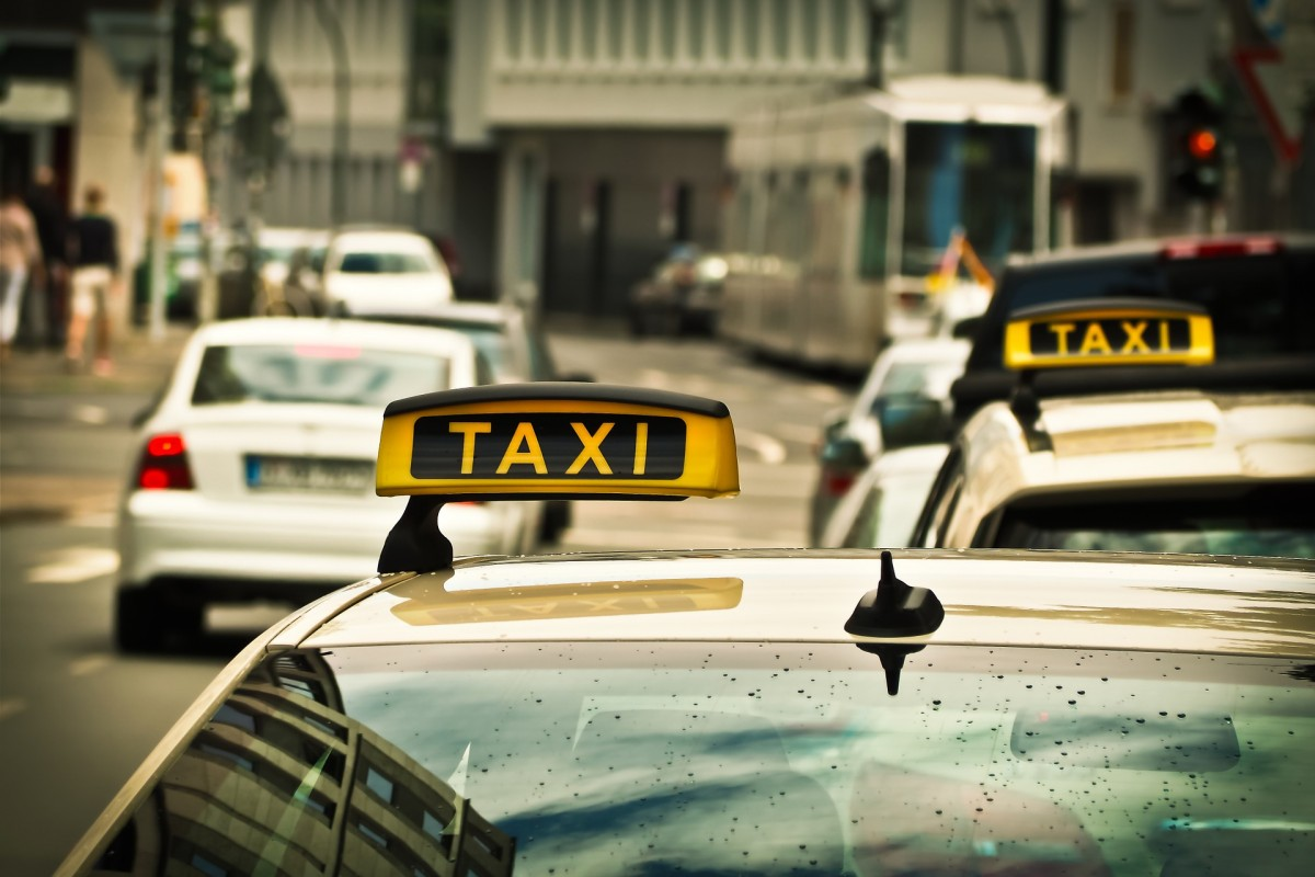 Transport & taxi