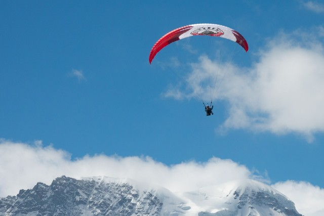 Paragliding / speed-riding