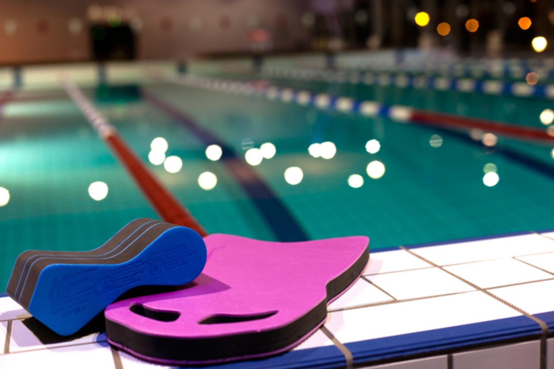 parc des dereches morzine piscine intérieur